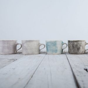 Squat mug colour wash selection